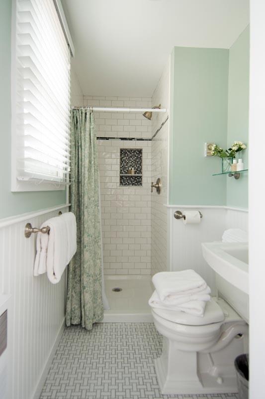 ladyewood bathroom