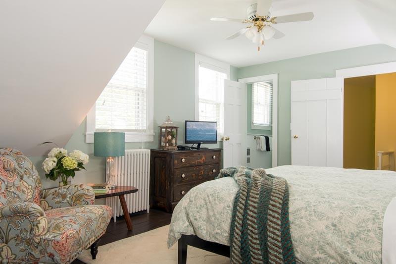 ladyewood bed