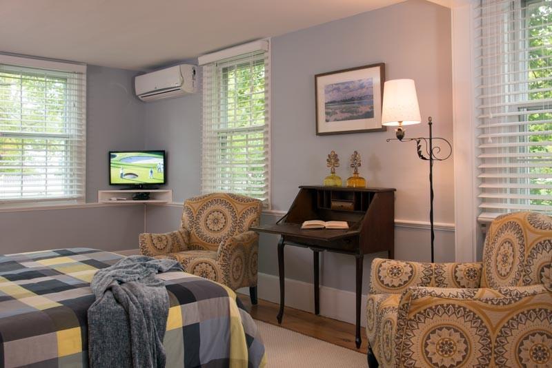 mayberley room