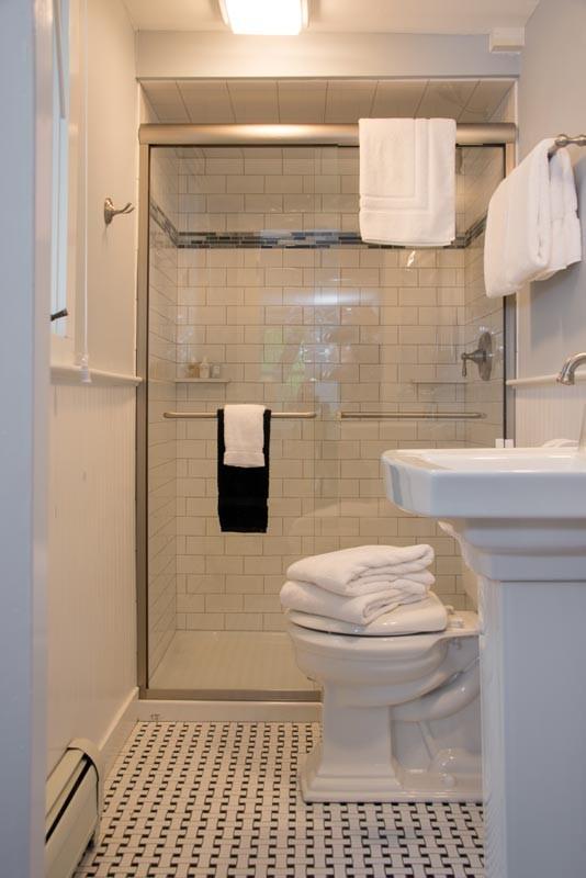 mayberley bathroom