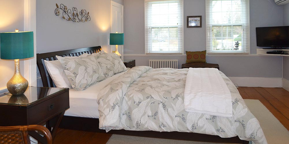 Cape Cod Guest room