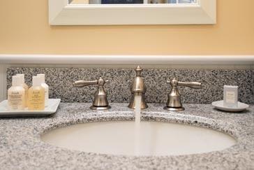Bathroom amenities at Parsonage Inn